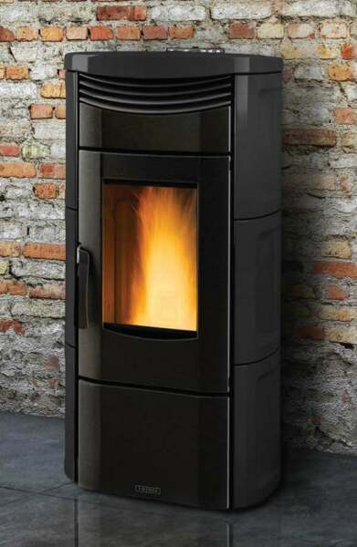 Vicenza V4.5K Black Pellet Stove by Extraflame S.P.A. IRS 26% Tax Credit $2299.00
