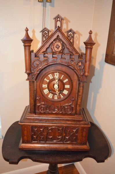 ANTIQUE GERMAN BLACK FOREST CATHEDRAL STYLE MANTEL CUCKOO CLOCK LATE 1800#x27;S