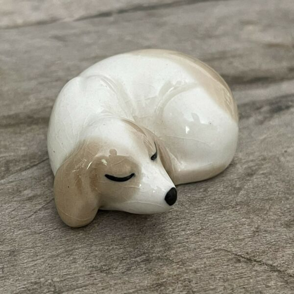 Tiny Vintage Szeiler Sleeping Dog Made in England 1 3 4quot; long So Cute $12.00