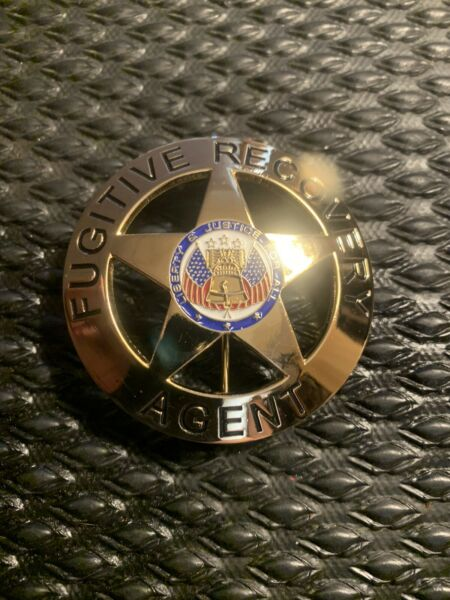 Fugitive Recovery Agent Badge Only Dog The Bounty Hunter Gold $17.99