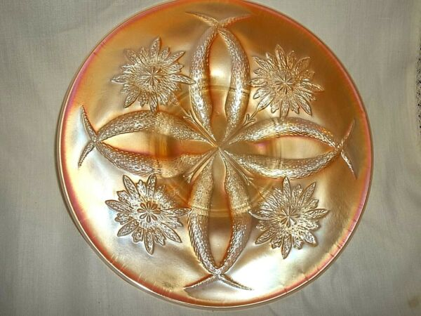 DUGAN FOUR FLOWERS PLATE in PEACH OPALESCENT CARNIVAL GLASS VINTAGE