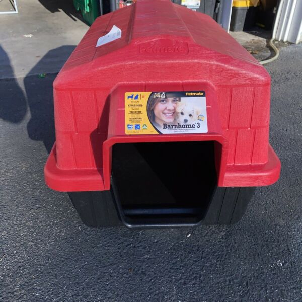 Petmate Barnhome III Dog House outdoor shelter kennel New FAST SHIPPING $39.99