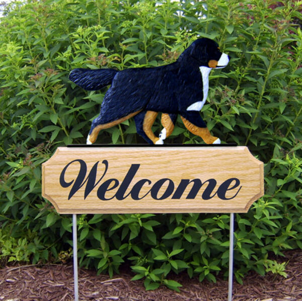 Bernese Mountain Dog Wood Welcome Outdoor Sign