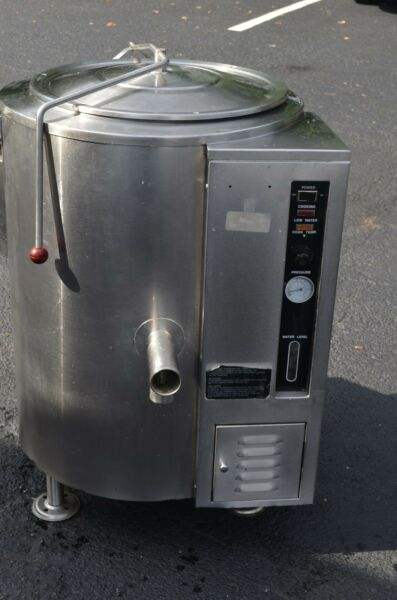 SOUP KETTLE GAS STEAM JACKETED VULCAN $3450.00