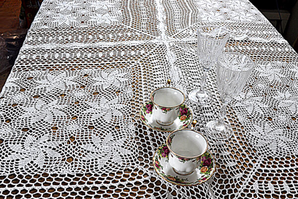 Dinning Kitchen Home Knitted Crochet Vintage Lace Table cover Tablecloth 60x90
