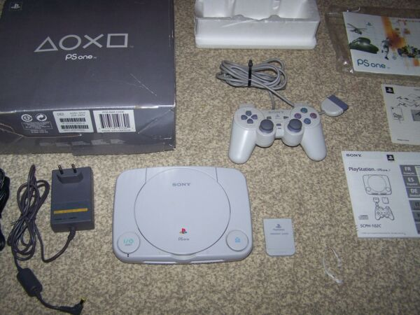SONY PS 1 PS ONE BOXATA ISTRUZIONI CONSOLE PLAYSTATION JOYPAD ANALOGICO MEMORY C