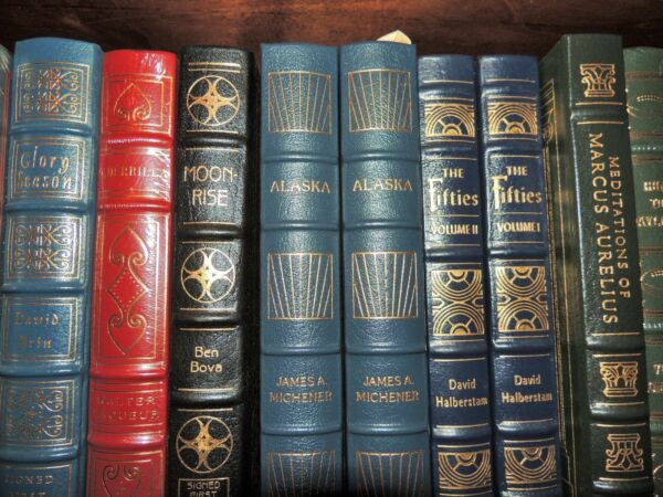 THE FIFTIES Easton Press  2 VOL SET HALBERSTAM FINE RARE