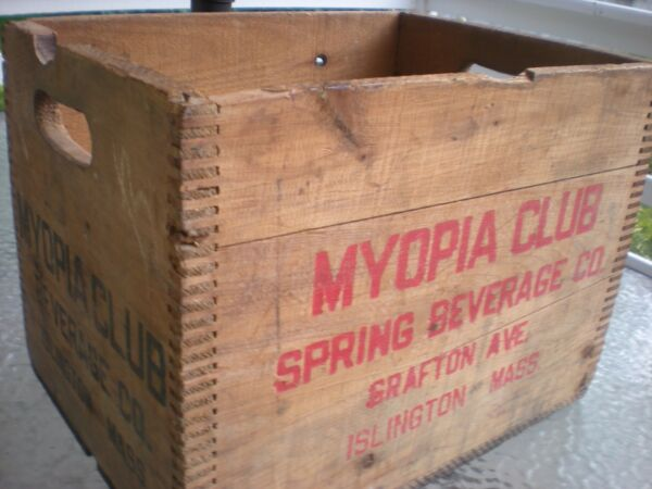Rare Vintage Myopia Club Beverage Co Islington MA Wooden Wood Crate Box