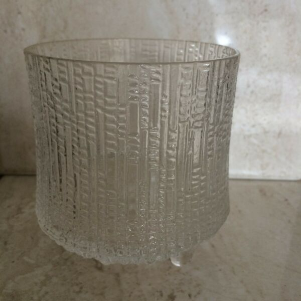 iittala Thule 3 toed crystal glass 3.5quot; tall $35.00
