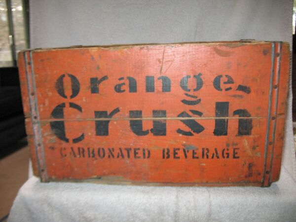 Very Rare & Old Vintage Orange Crush Wooden Crate with 24 Full 1940's Bottles