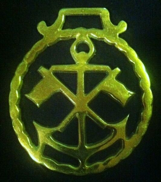 Vintage Thin ANCHOR & FLAGS ORNATE Harness Brass Rare NAUTICAL! WOW YOUR WALLS!