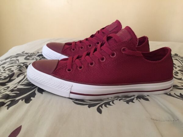 Converse All Star Chuck Taylor CT Sneakers Tennis Shoes Size 7 Rare Nylon Maroon