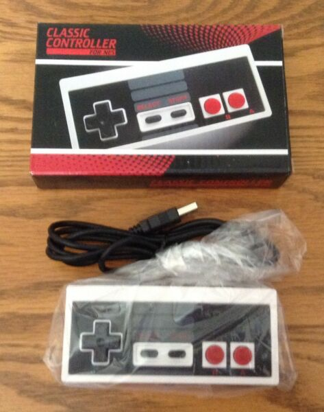 NEW in Box Nintendo Classic Gaming USB Controller NES Wired for PC and Mac