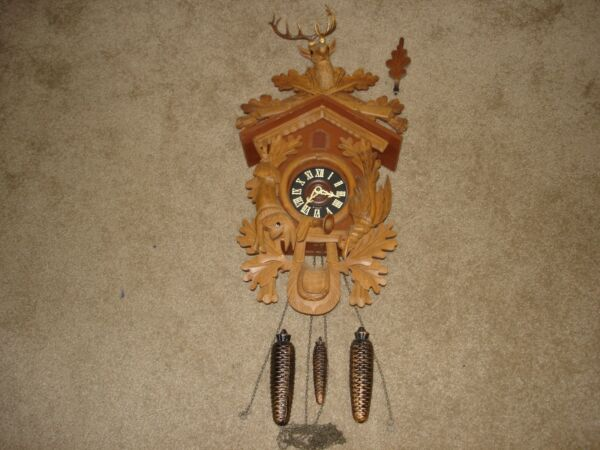 Vintage Large Black Forest Hunter Cuckoo Clock Bird Wood Carving West Germany