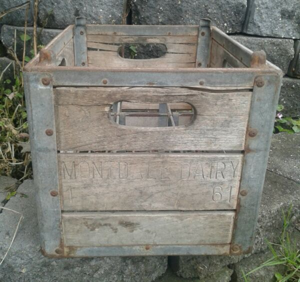Vintage Wooden Milk Crate with wire Montdale Dairy  PA holds 12 quart bottles.