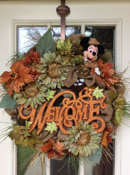Disney Fall Autumn Wreath Decor Minnie Mouse Plush Fall Burlap Deco Mesh Acorns