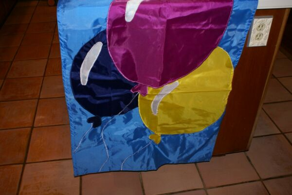 DISTINCTION IN GIFTS Flag with Balloons Happy Birthday Flag 40x28 NIP WANG'S INT