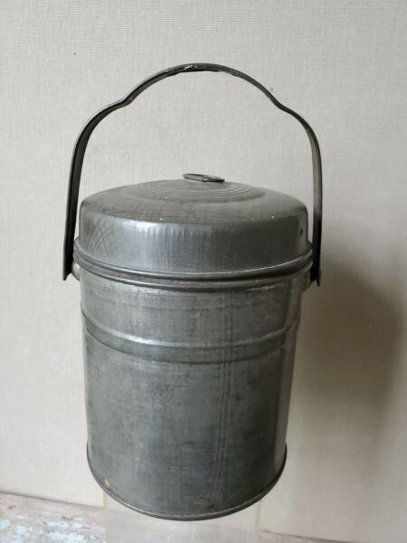 ANTIQUE tin CAN - LUNCH PAIL bail handle TOWEL Milk   -   Lunch  -  Beer