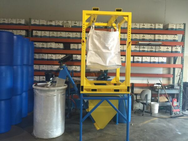 Auger Feeding System With 2 Bulk Bag Cages And Mixing Vessel