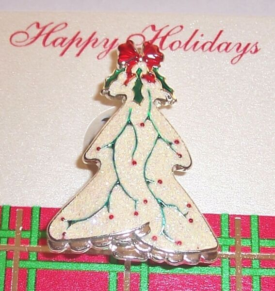 VINTAGE  ''    DECORATED WHITE  GLITTER  CHRISTMAS TREE  ''   BROOCH PIN