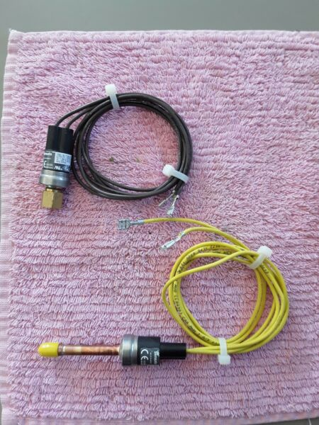 Sensata high and low pressure switch from 2019 Rudd Rheem heat pump. Used tested $20.00