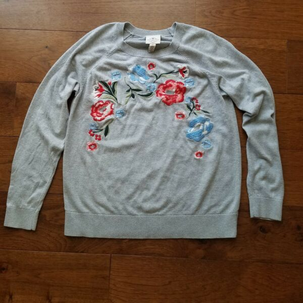 St. John#x27;s Bay Flower Embroidered Gray Size XL Sweater
