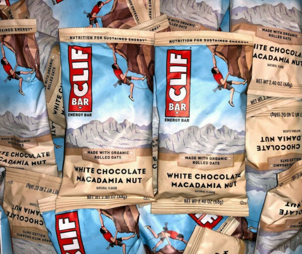 80 White Chocolate Macadamia CLIF ENERGY Organic Rolled Oats Protein Bars