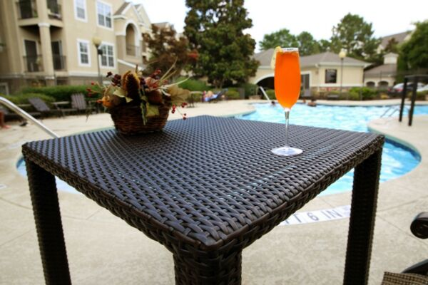 Patio Table Outdoor Garden Balcony Poolside All Weather Dining Bistro Table $154.99