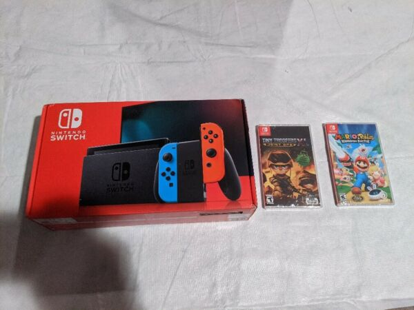 Nintendo Switch 32GB Neon RedNeon Blue Console Bundle w2 games Free Shipping