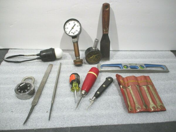 Misc Lot of small tools as pictured
