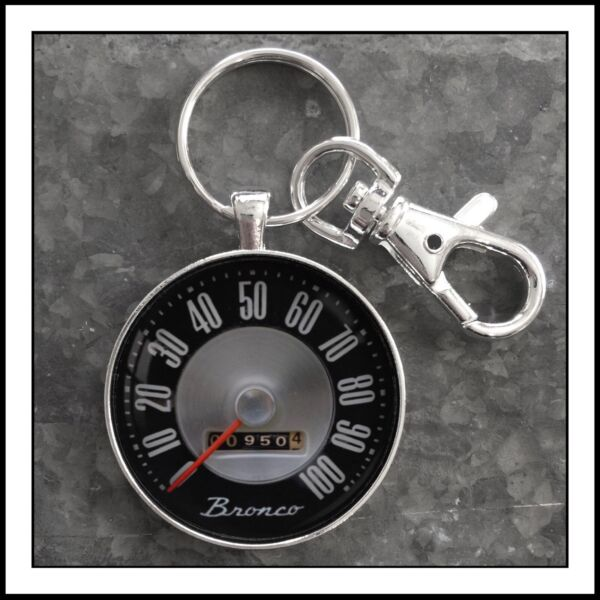 Vintage Ford Bronco Speedometer Photo Keychain Pendant Gift 🐴