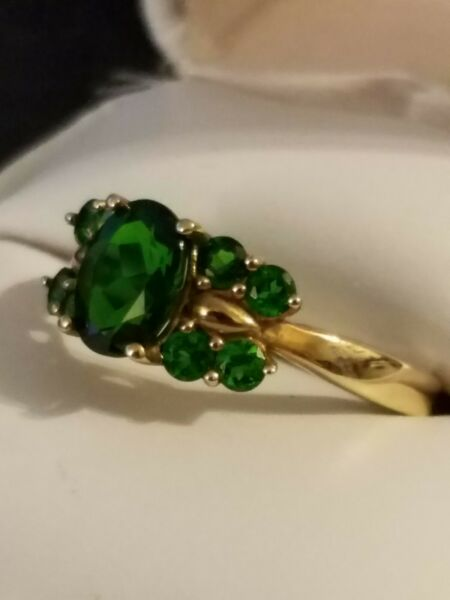 10K Green Gemstone Ring Size 8.25 Yellow Gold Oval Solitaire