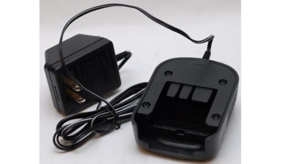Black and Decker Genuine OEM Replacement Battery Charger # 90571729 01