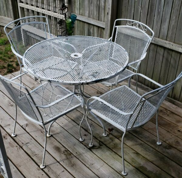 Vintage Wrought Iron Vintage Patio Table Chairs Set Furniture White Needs 1 Weld $249.00