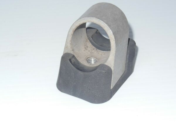 Yakima 1A Raingutter or RailRider Shear Block w Base for Round Crossbars $8.99