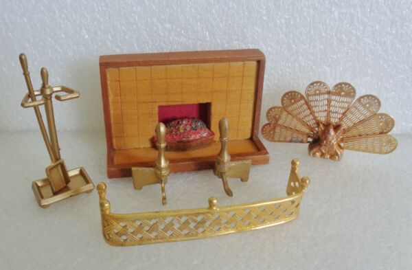 VINTAGE DOLLHOUSE FIREPLACE BRASS METAL SCREEN ANDIRONS FENDER ACCESSORIES LOT
