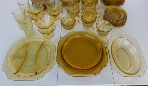 ANTIQUE Federal Amber Glass Dinnerware 33Piece Set 1932 39?