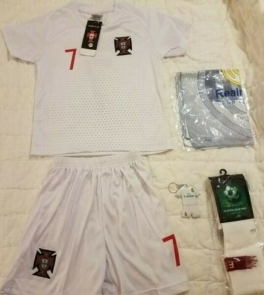 ***NEW*** Cristiano Ronaldo Toddler Soccer Jersey Set Size 18 $25.99