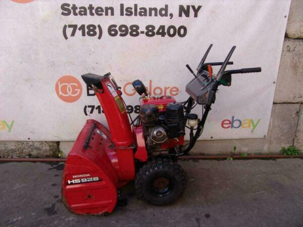Honda HS928 Snow Blower 9HP 28 inches Wide Starts and Runs Fine #5