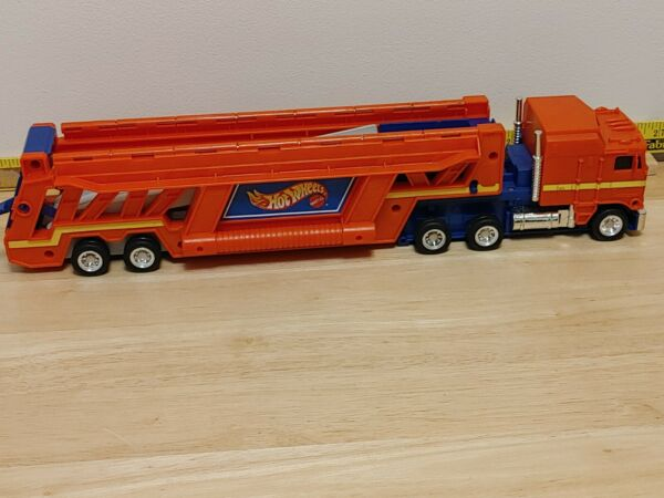 HOT WHEELS © Semi Truck Transport Car Carrier 1986 with Handles RED FUN VINTAGE $29.99