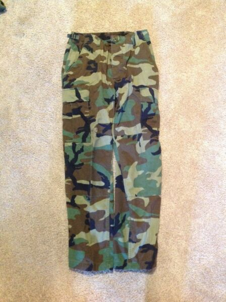 US Military Woodland Camouflage Combat Trousers BDU Pants Sz Small Short