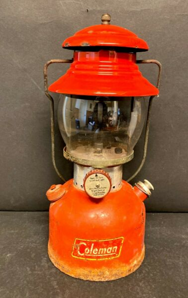 Vintage COLEMAN Lantern Model 200A Marked 61 On Bottom USA $121.49