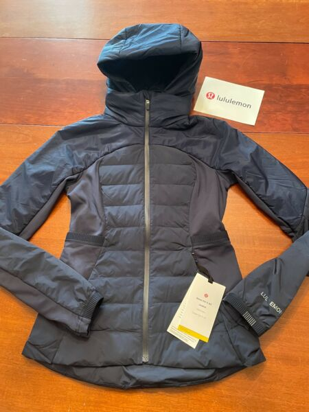 NWT $198.00 LULULEMON Down for it ALL true navy HOODED LOGO JACKET WOMENS 6 $174.99