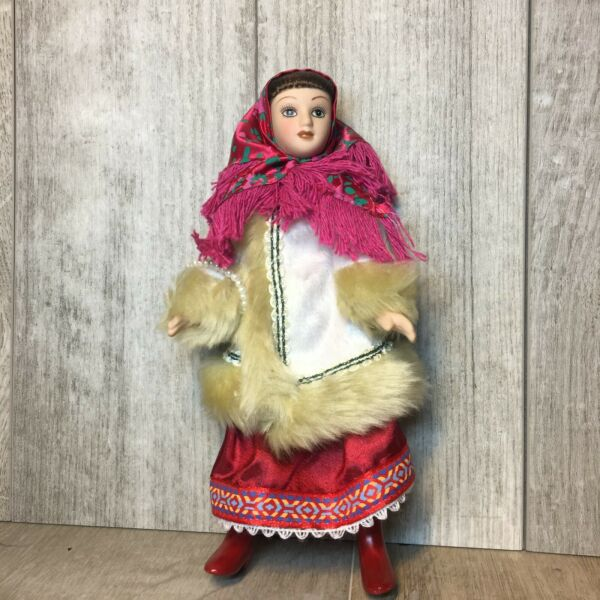 Porcelain Doll in folk costumes Winter costume of the Moscow province $35.00