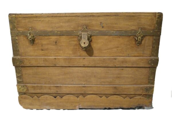 VTG Antique Wood Steamer Trunk Storage Chest Light Gold w Interior Tray Lined $149.95