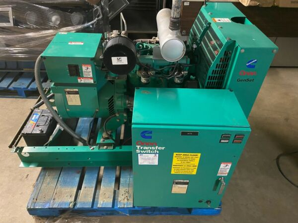 Onan GenSet 16GNAC Natural Gas 16 KW Commercial Generator w Transfer Switch $4500.00