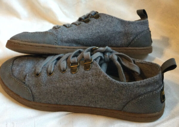 ROCKET DOG GRAY LACE UP SHOES WOMEN'S SIZE 5.5 FABRIC SNEAKER $22.98