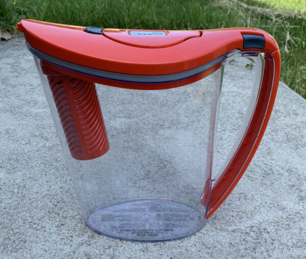 Brita Pitcher 6 Cup Water Filtration System Color Series RED