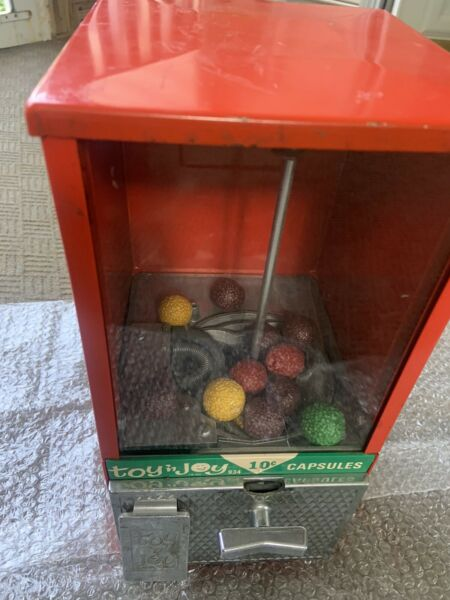 Toy and Joy 10 cent Capsules Gumball Vending Machine Tested and Works But No Key $39.00