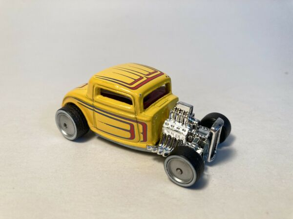 Hot Wheels 32 Ford from Boulevard series. Real Riders. See description